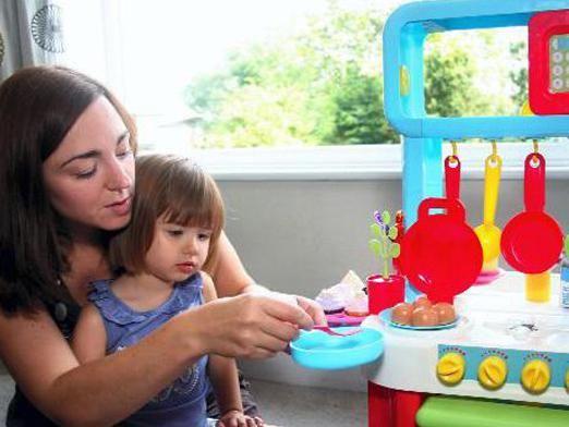 Чим зайняти дитину 2 років?