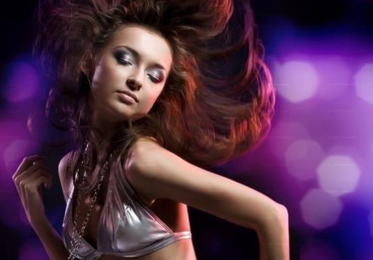Як танцювати дівчині на дискотеці?
