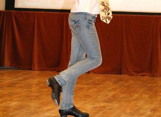Як танцювати степ?