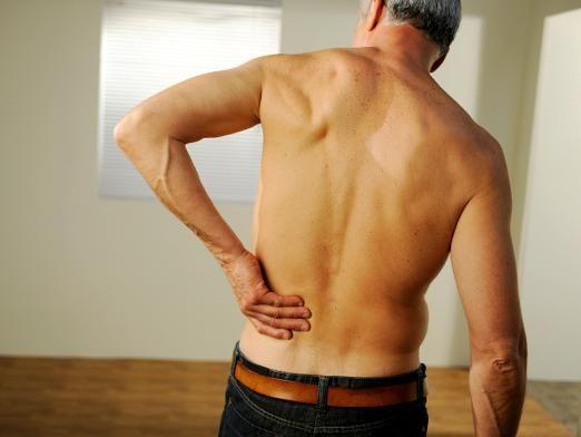 Чому болить спина?