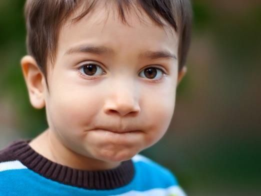 Чому дитина не розмовляє?
